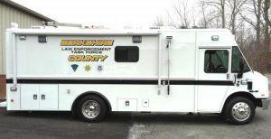(Poste mobile de commandement, Berkshire Sheriff Office, photo www.bcsoma.org)