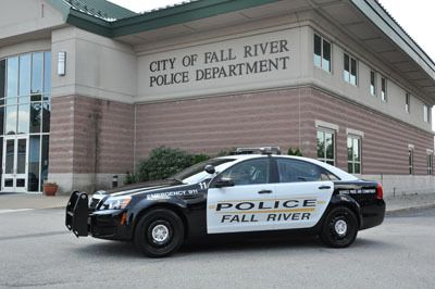 (Voiture du Fall River PD, Fall River Police Department page, 23/12/2015, Facebook)