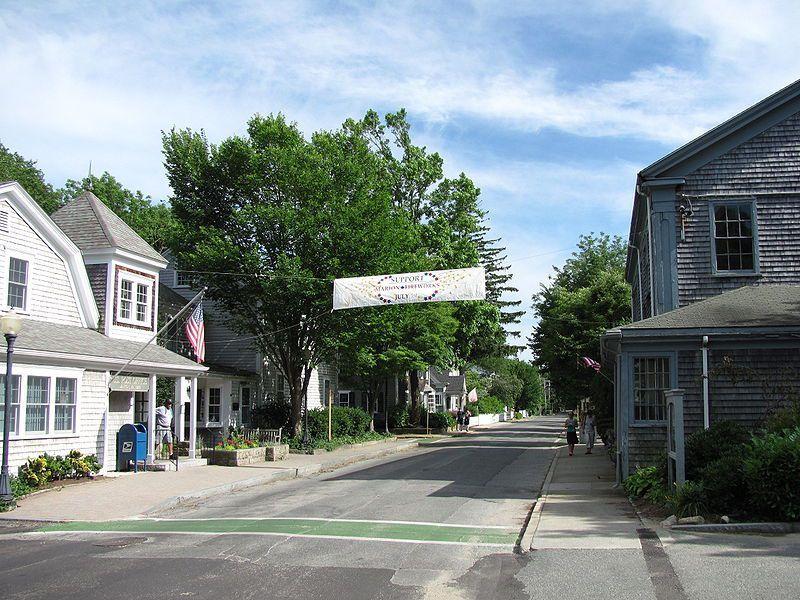 (Front Street, Marion, photo de John Phelan, 30/06/2010, wikipédia)