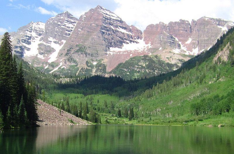(Elk Mountains, photo de Hogs555, 29/06/2013, wikipédia)