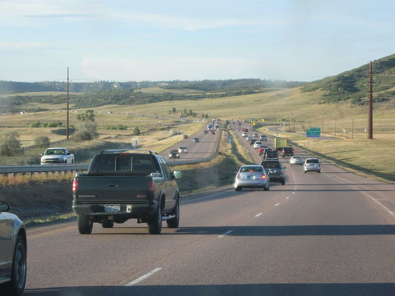 (Interstate I-25, photo de Drunkdriver, 23/09/2011, wikipédia)
