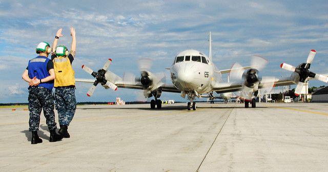 (P-3 C guidé au sol à Misawa AFB, Japon, photo de MCS 2nd class Pedro A. Rodriguez, US Navy, 09/08/2012, www.flickr.com)