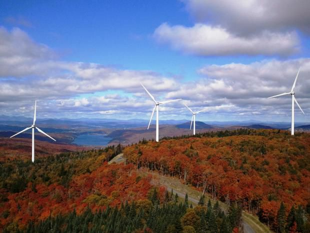 (Green Mountain Windfarm, 2016, www.conversationfromtheopenroad.com)