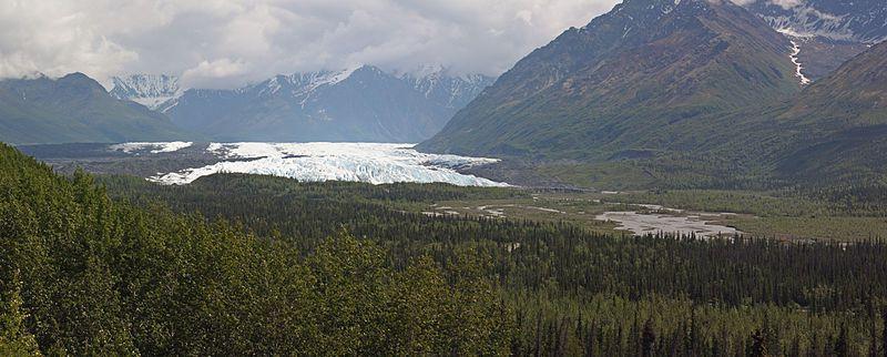(Glacier Matanuska et rivière Matanuska, photo de Walter Siegmund, 25/06/2010, wikipedia)