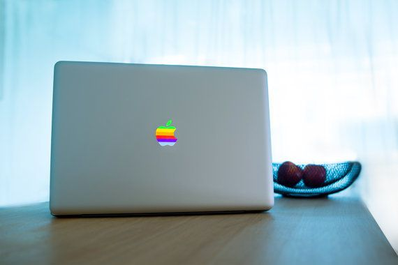 Back to 80's, sticker pour customiser un mac.