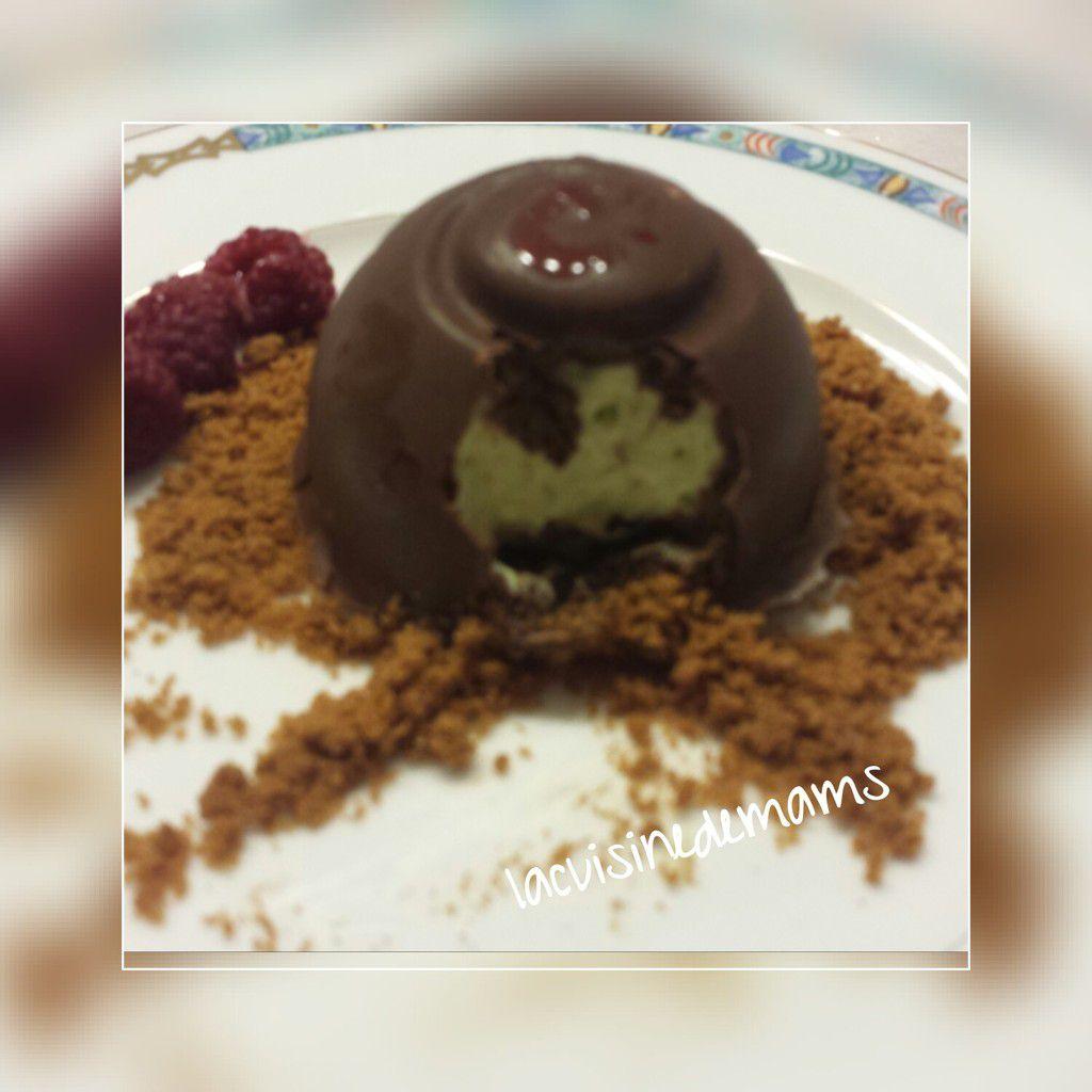 demi sphere  chocolat cœur de pistache