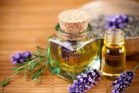 Eclaircir son teint avec des huiles naturelles
