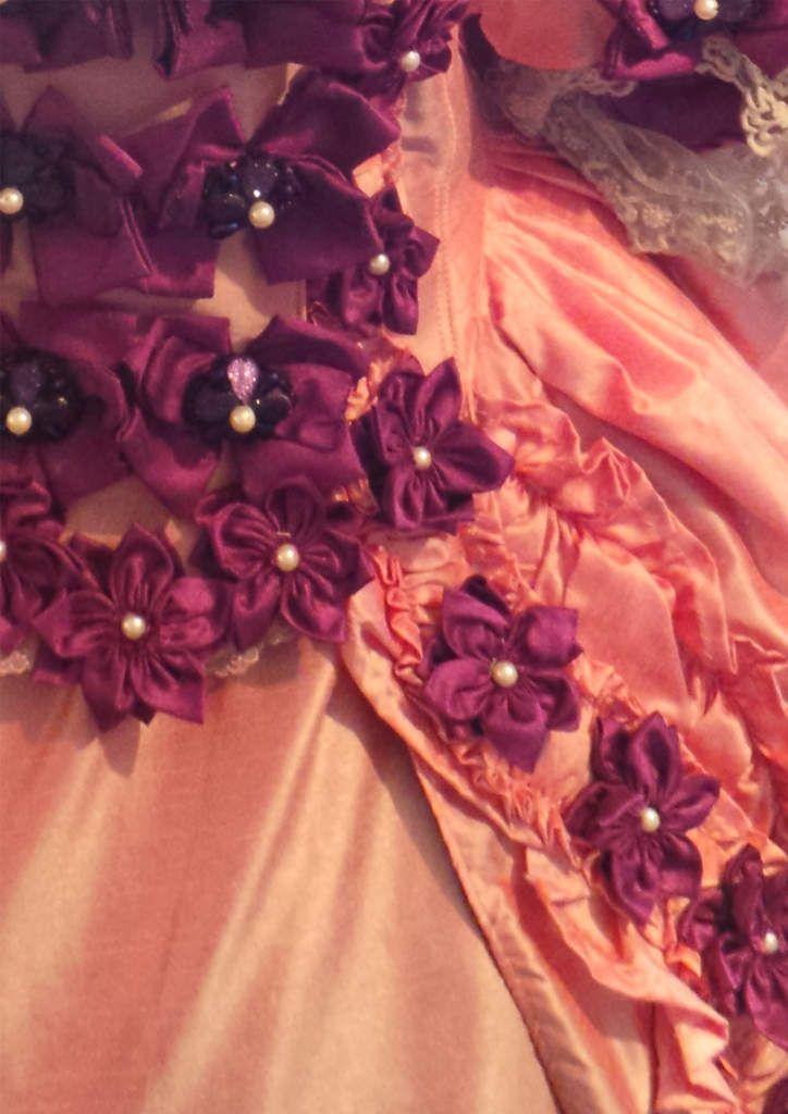 r aliser des fleurs en tissus blog couture a quatre mains. Black Bedroom Furniture Sets. Home Design Ideas