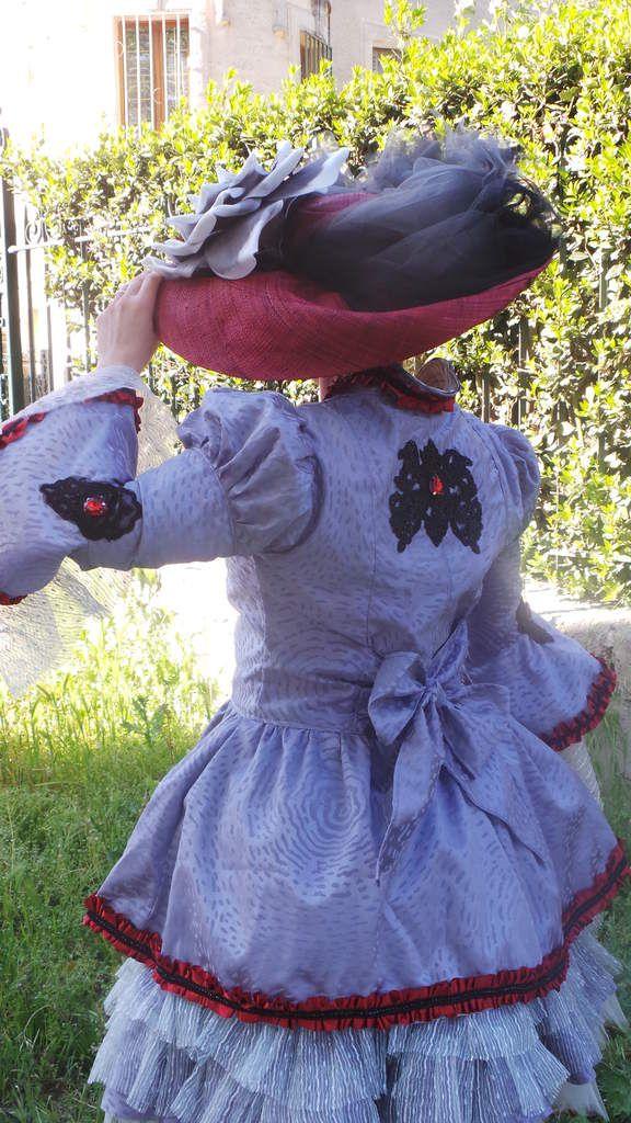 Photoshoot Robe Carnaval de Venise grise