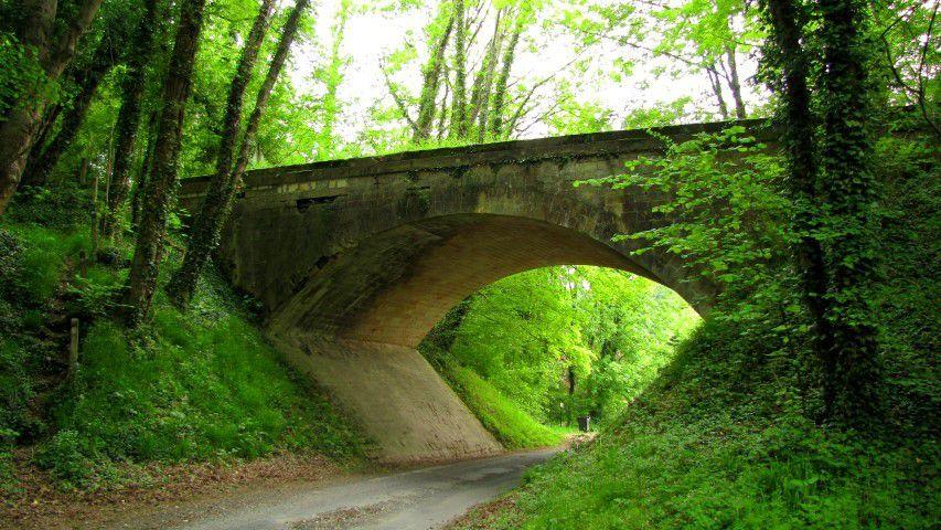 Pont 11_D1380 Oigny_Stèle.