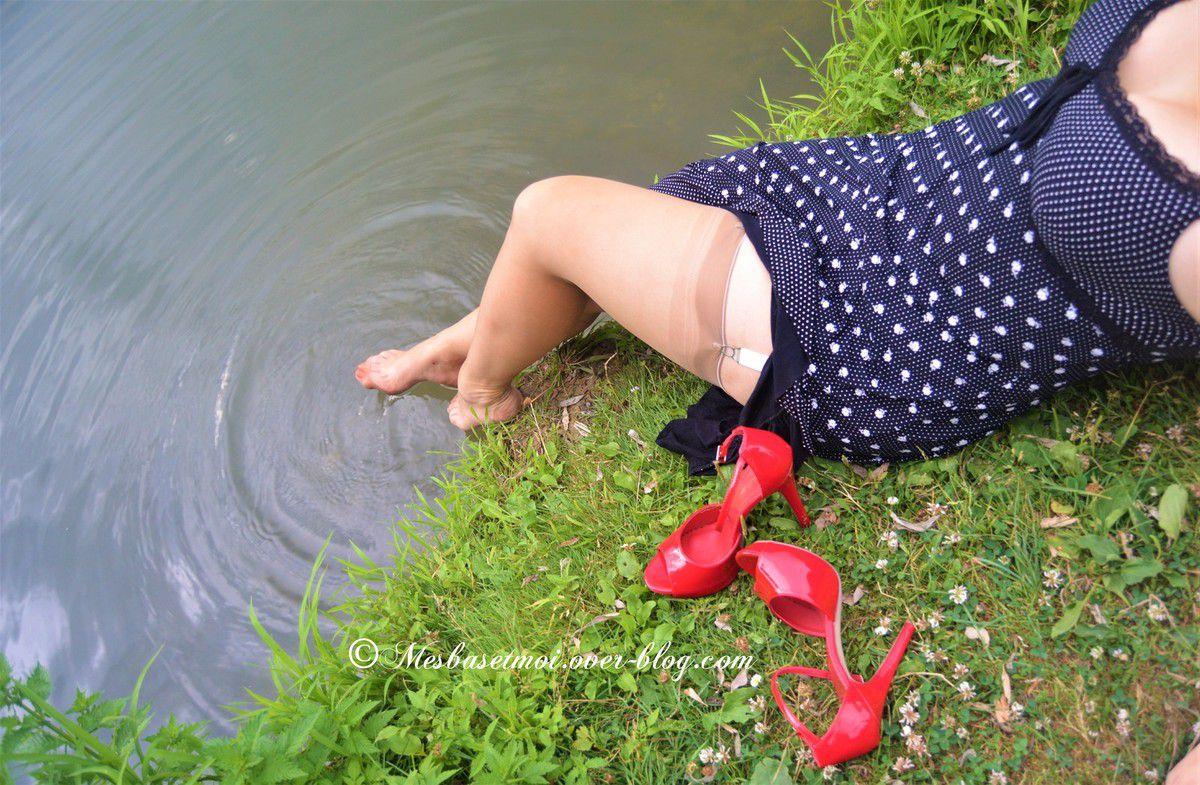 J'adore faire trampette, les pieds nylonnés &#x3B;-)