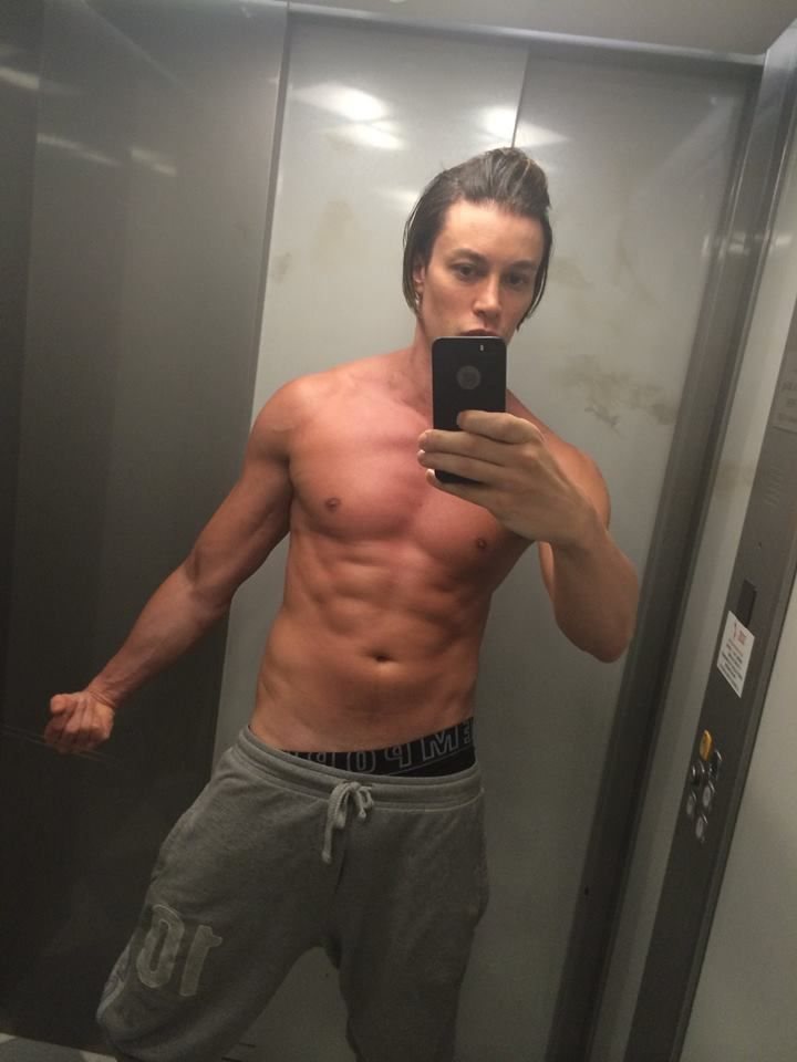 Italian male model and Singer Lord Conrad(Aesthetic Leader) shows off his yummy 6-packs