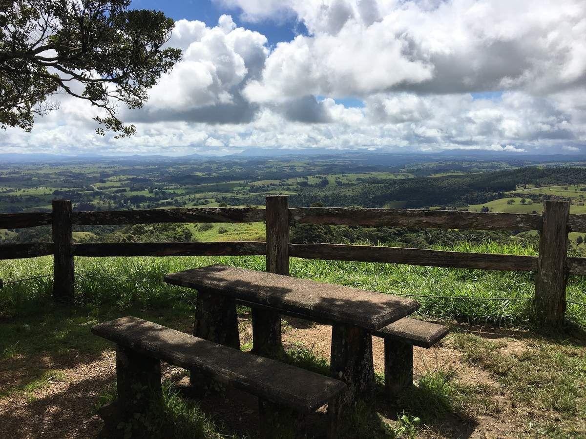 Magnifique plateau Atherton Tablelands vu d'un look out