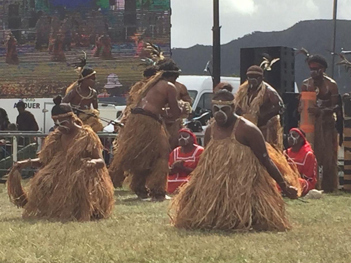 Danseurs du district de Wetr de Lifou