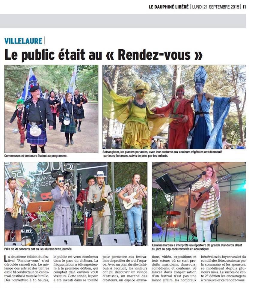 COSTUMES ET PANDRILLONS