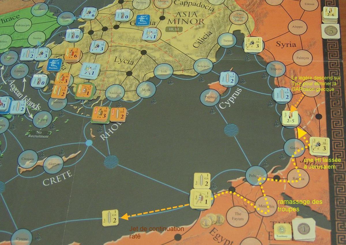 Seule l'armée d'Egypte est disponible (l'armée Seleucide arrivant au 1er AM pioché), alors ça donne une activation pour regrouper les troupes éparpillées et mettre une HI(Heavy Infantry) sur Jerusalem en prévision de la transformer en cité.