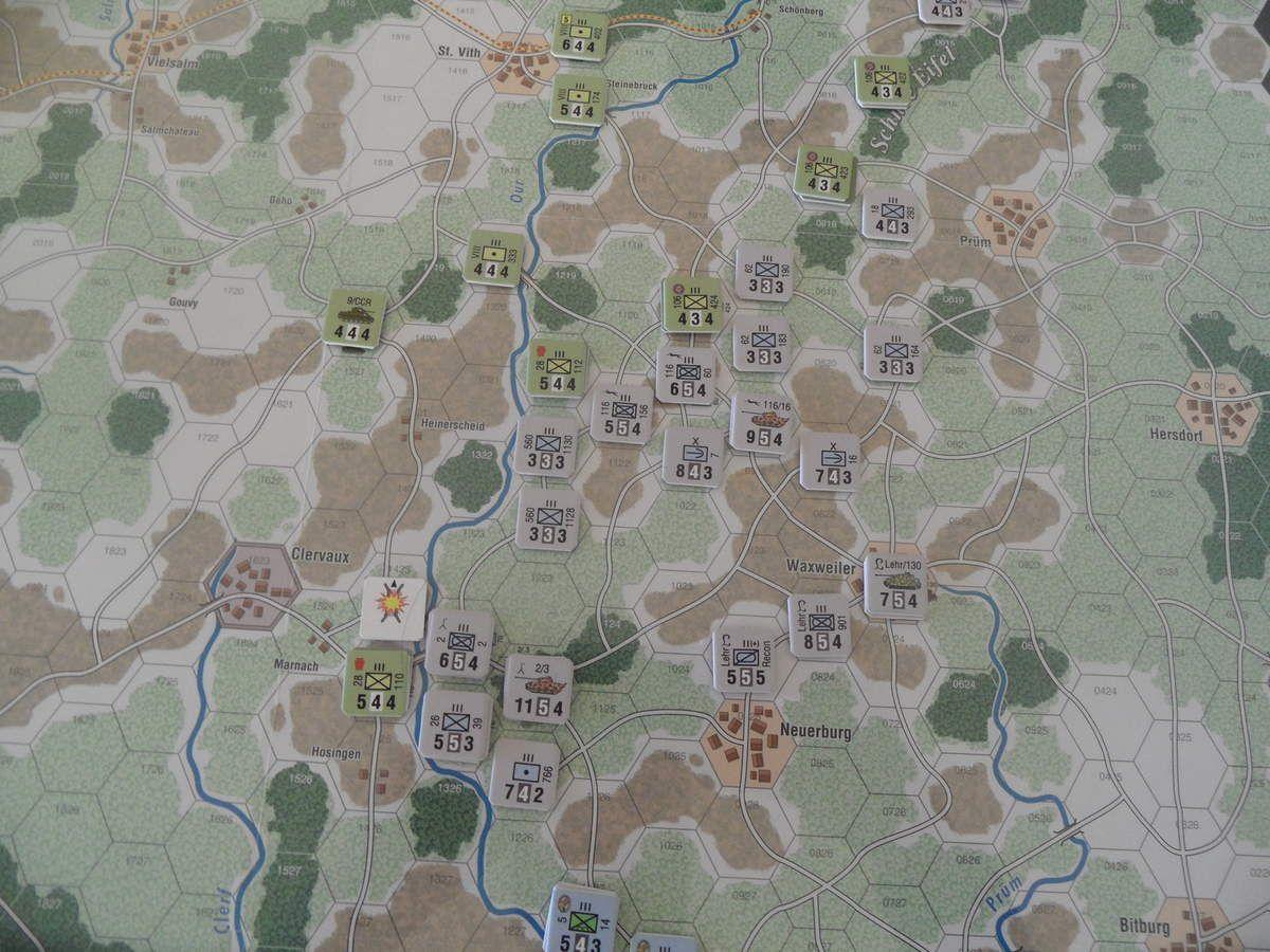 Au centre la 5ème Panzer Armée dont les 2 premiers objectifs devraient être Bastogne et St Vith