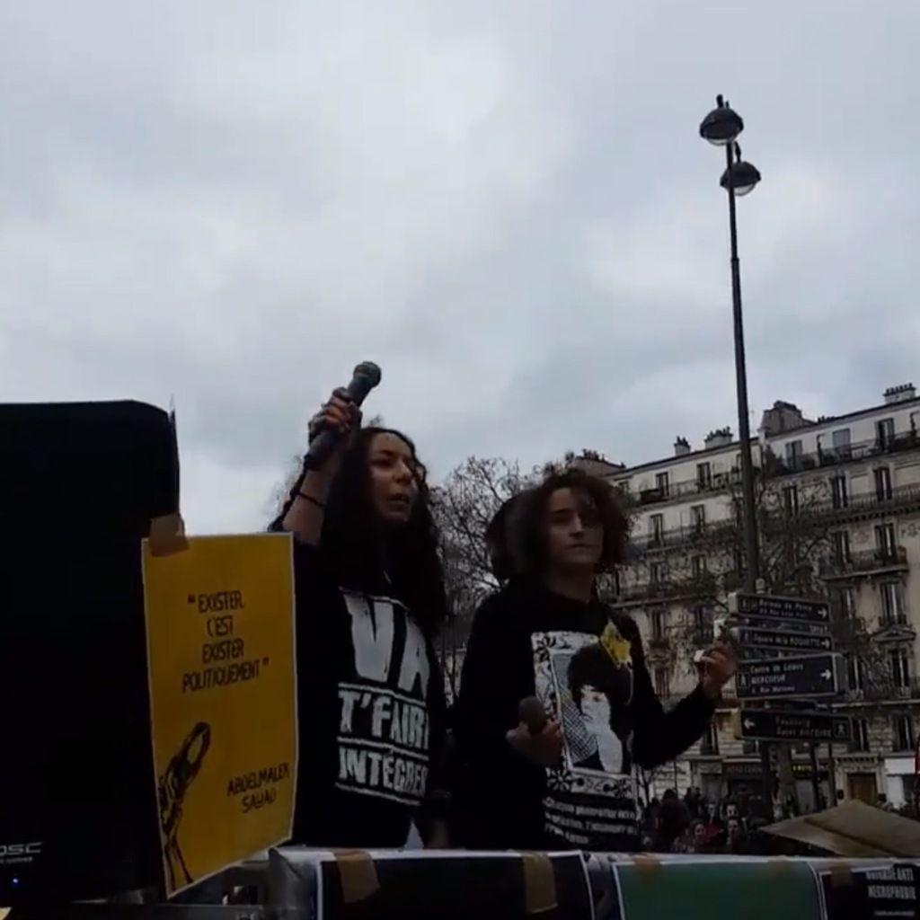 Manifestation antisémite et anti-française à Paris devant des restaurants casher - silence média