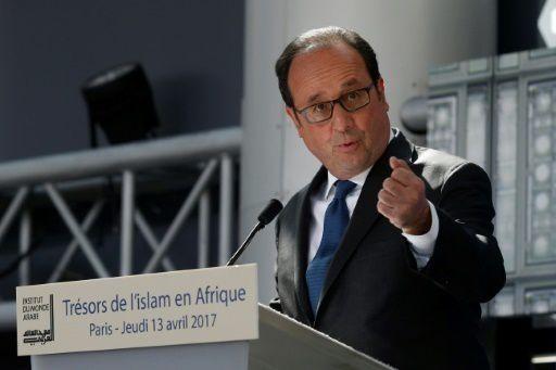Ben voyons!!! Hollande célèbre un  islam d'ouverture  à l'Institut du monde arabe