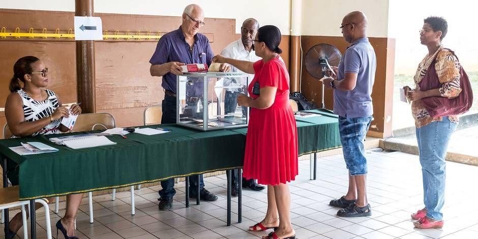 Présidentielle : Mélenchon en tête en Martinique, Guyane et à St-Pierre et Miquelon