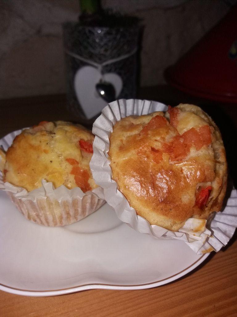 En ce mois de Ramadan , ces minis cakes à base de saumon fumé seront une alternative aux boureks et autres feuilletés .