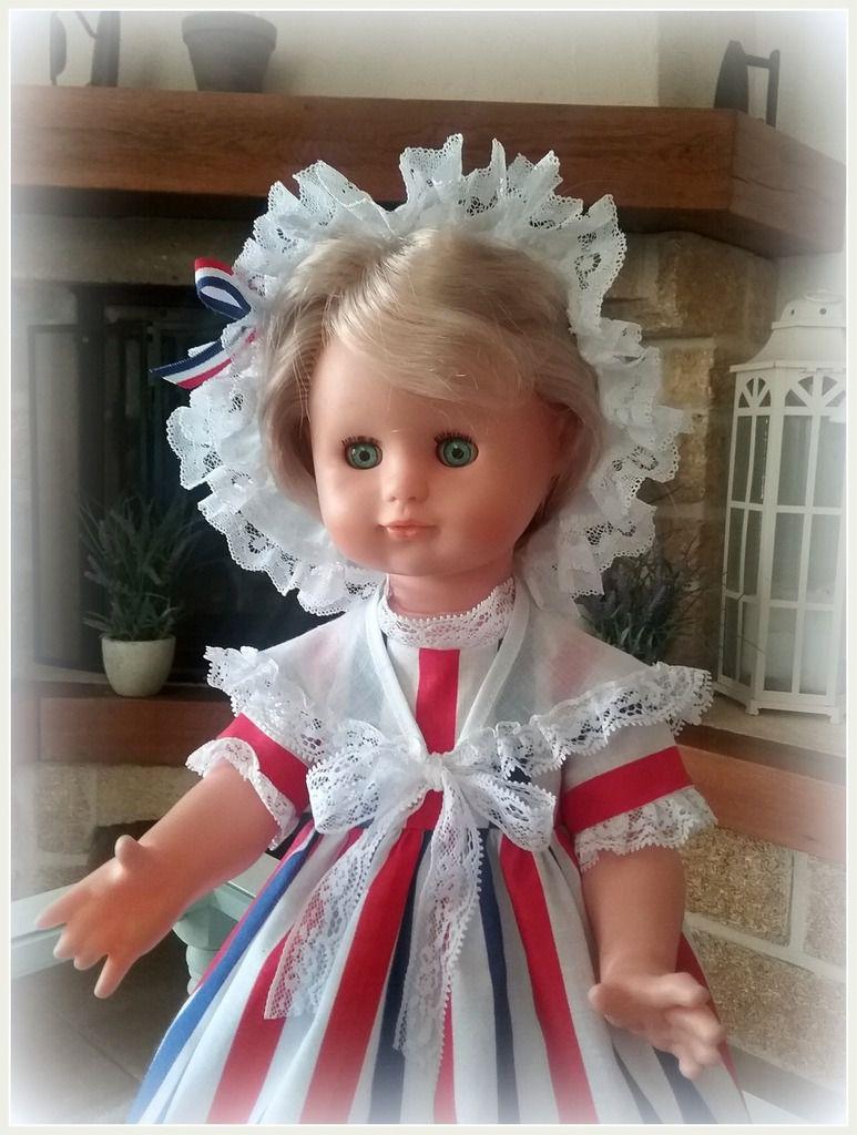 Emilie fête le 14 juillet 1789 !