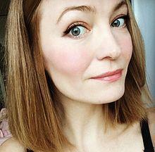 Holly Smale, l'auteur de Geek Girl