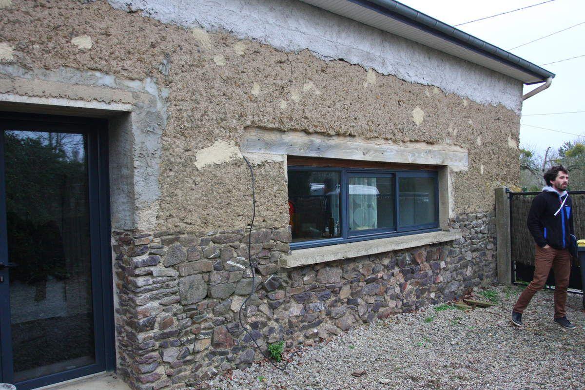 Renovation d une maison en terre a rennes interieur chaux romain bigot - Renovation d une maison ...