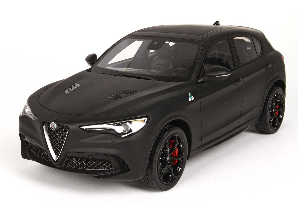 l 39 alfa romeo stelvio qv disponible l 39 chelle 1 18 chez bbr mini pdlv. Black Bedroom Furniture Sets. Home Design Ideas