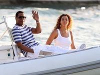 Beyonce Cops Jay-Z $40 Million Private Jet For Father's Day