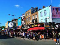 Camden... Son marché... Et des découvertes intéressantes :) Puis, vue depuis l'overground ~