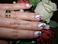 nail art blanc, rouge et or!!