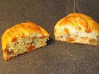 Petits muffins à la mijotée de carottes, raisins secs et miel