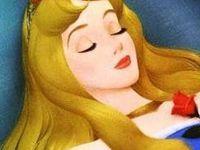 Images représentant un massage du cuir chevelu, un appareil de massage du cuir chevelu, et des illustrations des divers types de cheveux: 1: Ondulés &#x3B; 2: Bouclés &#x3B; 3: Lisses .