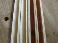 Attention tout de même à choisir un bois sans trop de noeuds pour les pannes, car les premières n'ont pas résisté sous le poids des lattes du toit. La longueur de 1,60m à fléchit pour venir finir en appui sur la planche de 100 qui représente le tour de la cabane ! J'ai dû recommencer les pannes sablières.