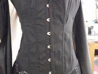 Amidala (Star Wars) tenue noire corset et dentelle