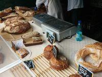 Votre boulanger sur votre marché St Exupéry tous les vendredis !