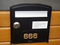 666 Rue de la Reine Blanche