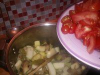 Je mets toujours les légumes dans cette ordre, il faut toujours commencer par les légumes les plus longs à cuire