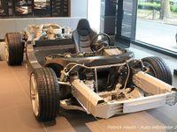 Une cellule en carbone, deux faux-châssis en alu, c'est aussi simple que cela une McLaren et pourtant... d'une efficacité redoutable !