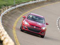Opel : tentative pour deux Astra de décrocher 18 records sur circuit à haute vitesse