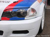 Proche de la série, la BMW Clubsport Trophy n'est pas avare en sensations. Presque douce violence, elle permet de s'exprimer pleinement dans une ambiance fun. Auto-école de la course, elle permet de progresser in uteros du Trophy, mais aussi vis-à-vis du BGDC !