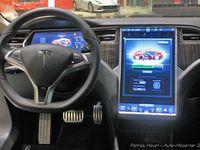 Bruxelles : Tesla S, succès... de curiosité