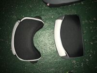 Les 2 bouclier en noir et plus rond le P3 en gris et plus droit LE PP2