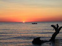 Camping de Sole d'Oru a SOLARO  au pieds des aiguilles de Bavella et en bord de mer.