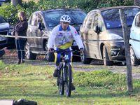 Course N°5: Loïc n'a pas été galant avec la jolie cavalière Noemie/Sire, il tenait à remporter l'épreuve
