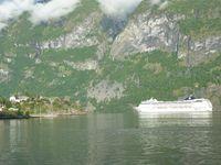 Auland notre bivouac au bord du fjord