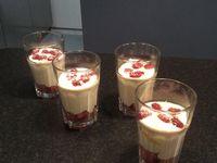 Tiramisu á la framboise et biscuits roses