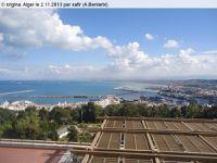 Quai...Alger entre beauté et politique