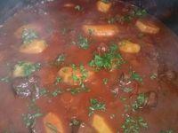 Le paprika...épice indispensable pour ce plat ... les différentes étapes et le résultat final dans l'assiette.